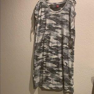 Vince Camuto t shirt dress